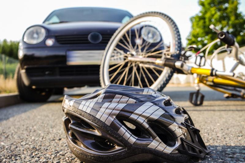 car hits a bicycle - crash