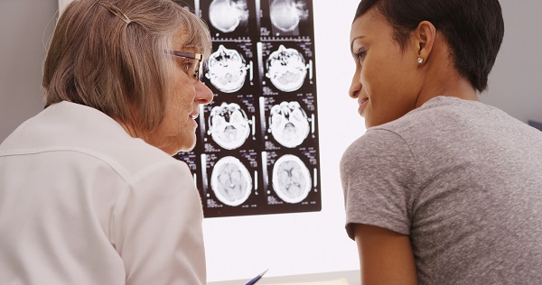 doctor speaking with patient about xrays